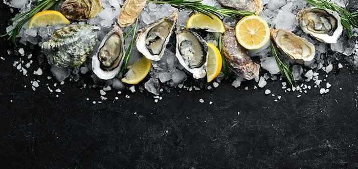Mariscos crudos y ostras