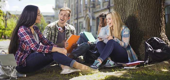 coste-inicial-de-estudiar-en-el-extranjero-pago-del-curso