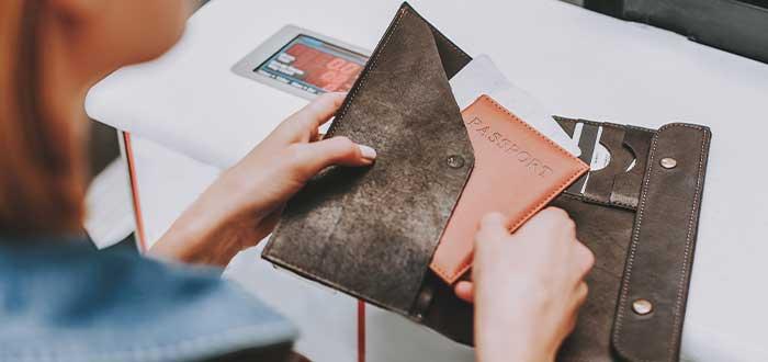 Documentos de viaje siempre a la mano