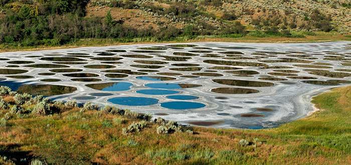 que-ver-en-canada-lago-manchado