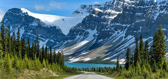 atractivos-canadienses-carretera-de-los-campos-de-hielo