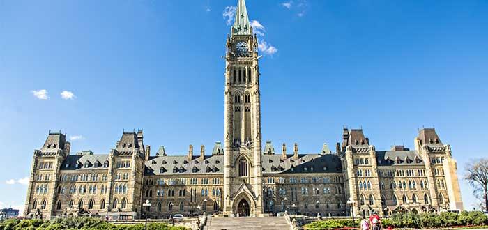 atractivos-canadienses-torre-de-la-paz