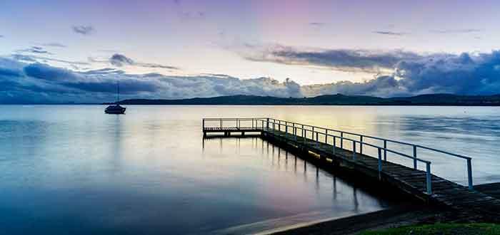 que ver en nueva zelanda -lago taupo