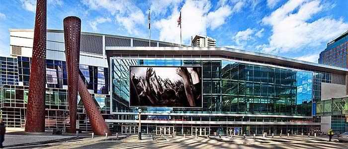 Scotiabank Arena, sede de los Toronto Raptors (NBA) y los Toronto Maple Leafs (NHL).