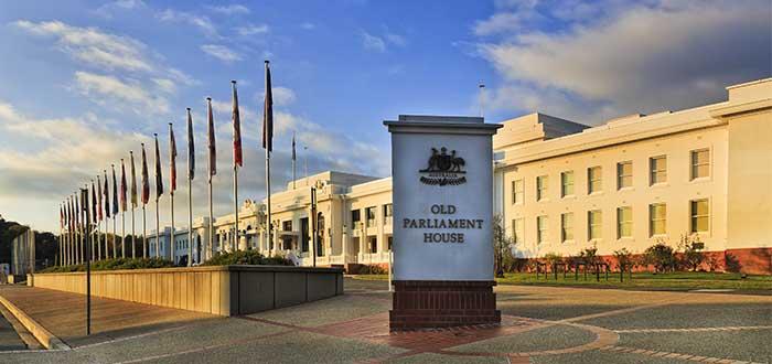 Que ver en Canberra Antigua casa del Parlamento de Australia
