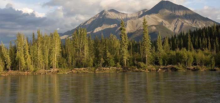 Parque Nacional Nahanni Territorios del Noroeste Aguas termales