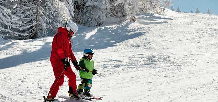 Convertirse en monitor de esquí en Canadá