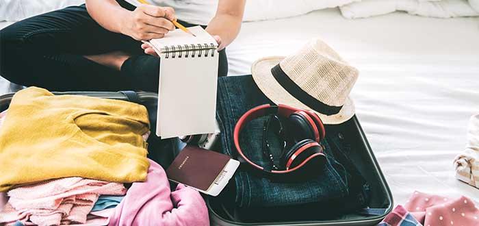 Reserva tu vuelo y haz maleta
