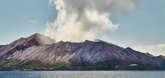 Isla White Bay of plenty