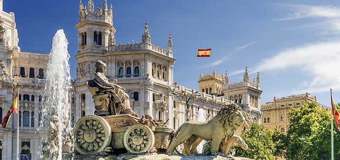 Vivir en España | ¡Descubre todo lo necesario para tu estancia!
