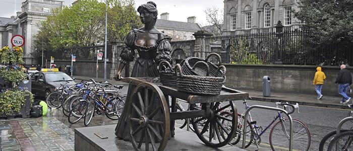 Estatua de Molly Malone en Dublín