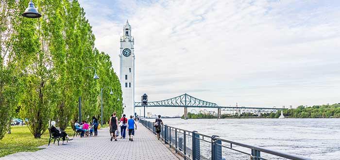 vivir en Montreal Tower Clock