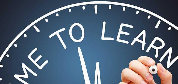 Defina la duración al ver cómo elegir curso para estudiar en el extranjero