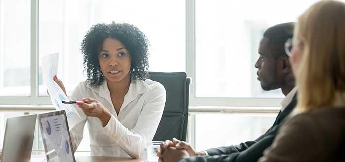 Ingresa al mundo de los negocios, una de los beneficios de aprender inglés