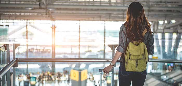 Llega al aeropuerto con tiempo suficiente para tu viaje por primera vez en avión
