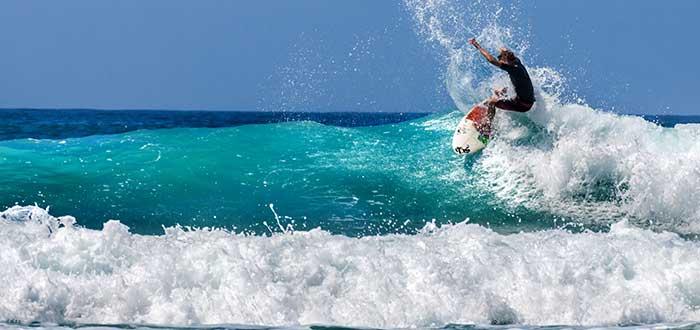 surfear-en-bondi-beach